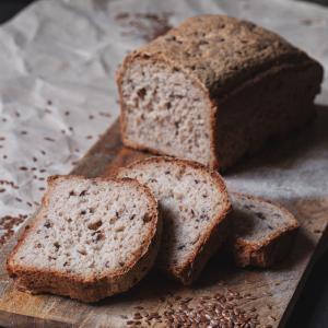 Хлеб рисово-гречневый со льном, iХлеб (140 г)